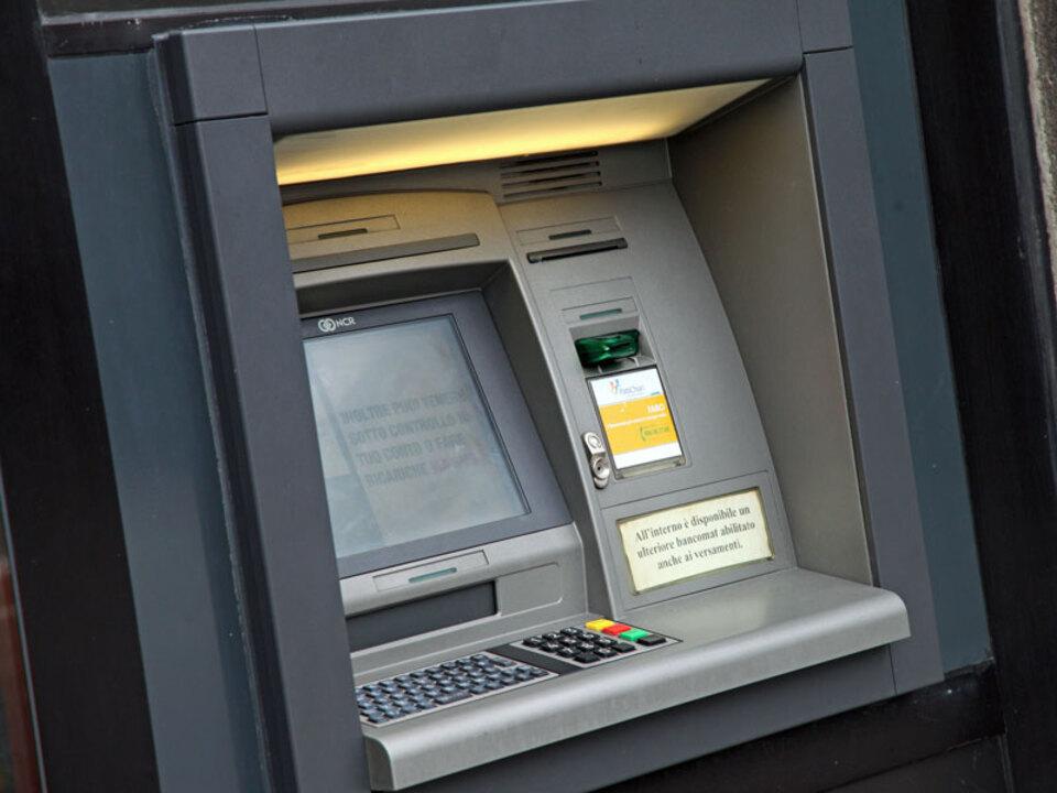 bankomat_apa_08