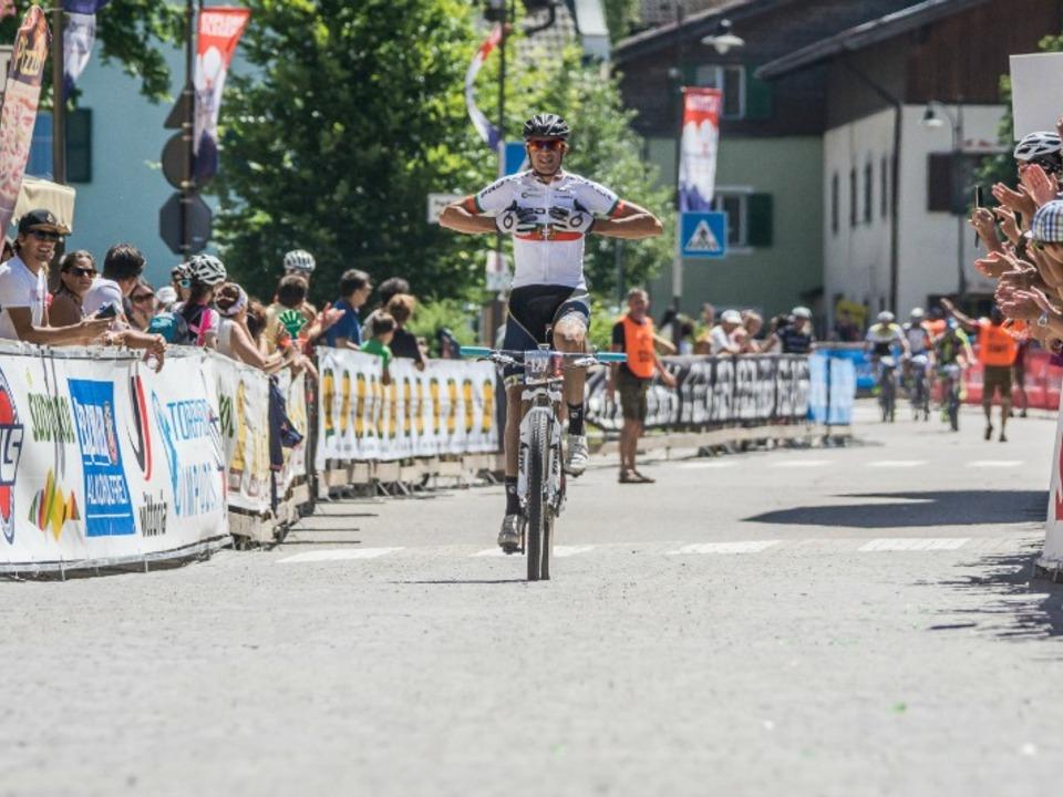 DSB15_Men113km_winner_Ferreira_Suedtirol_Dolomiti_Superbike