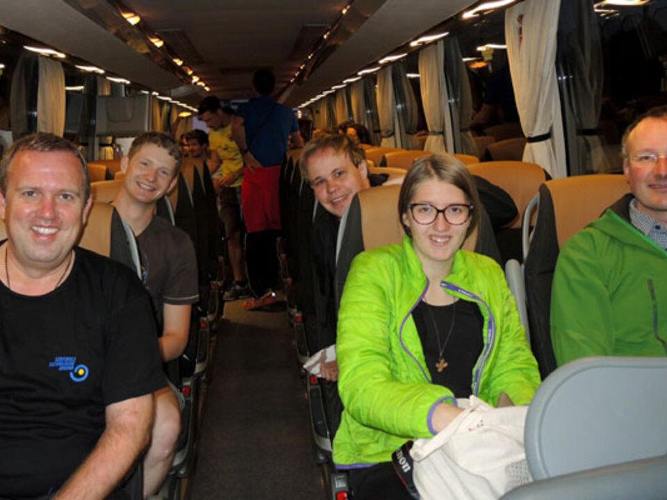 dzbz-krakau-Gruppe-im-Bus
