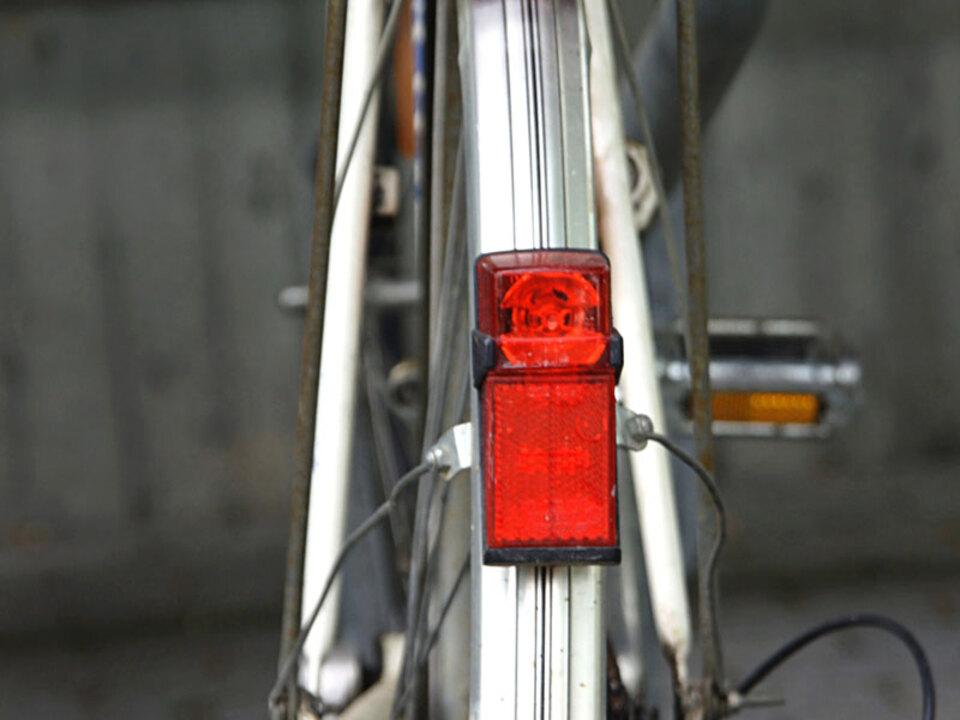 fahrrad-hinten-licht-BirgitH-pix_09