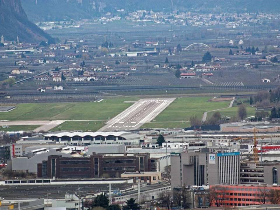 flughafen_flugplatz_bozen_stnews-lu_43