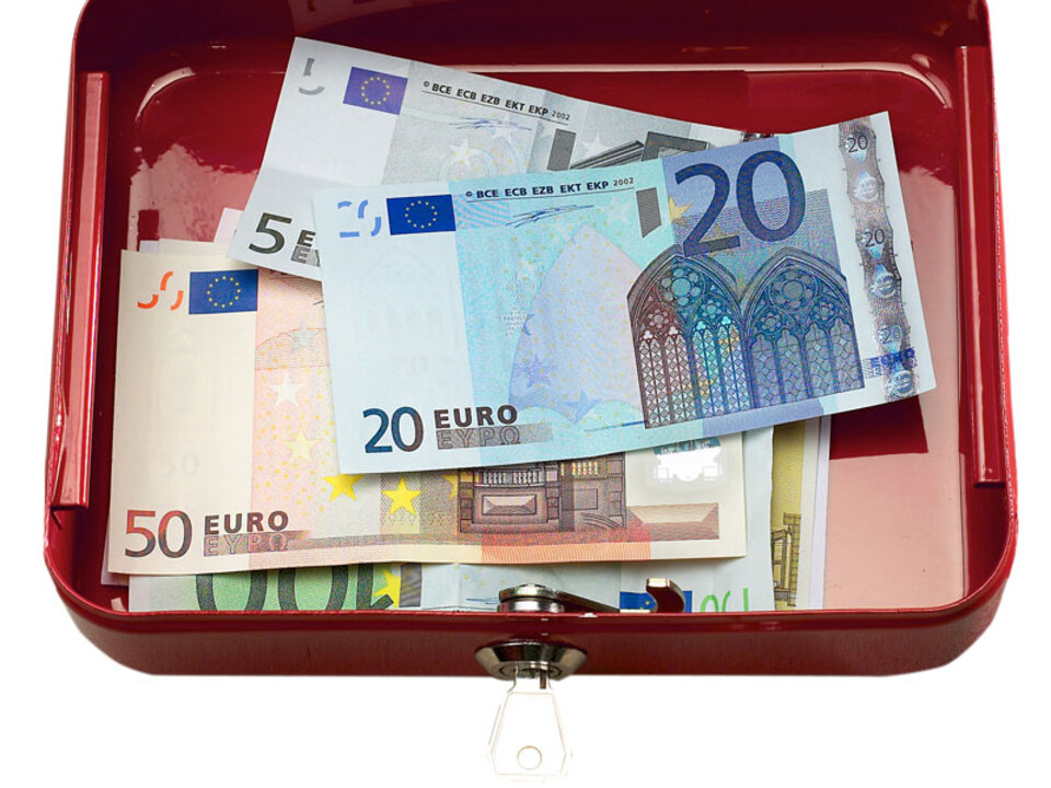 geld_apa_sparen_kasse_45