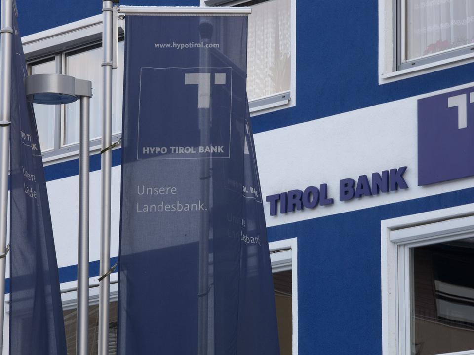Hypo Tirol Bank - Landesbank Tirol =