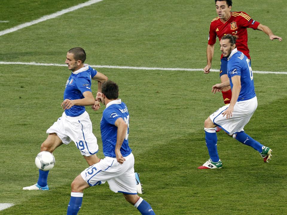 italien-spanien-fussball-em2012-apa