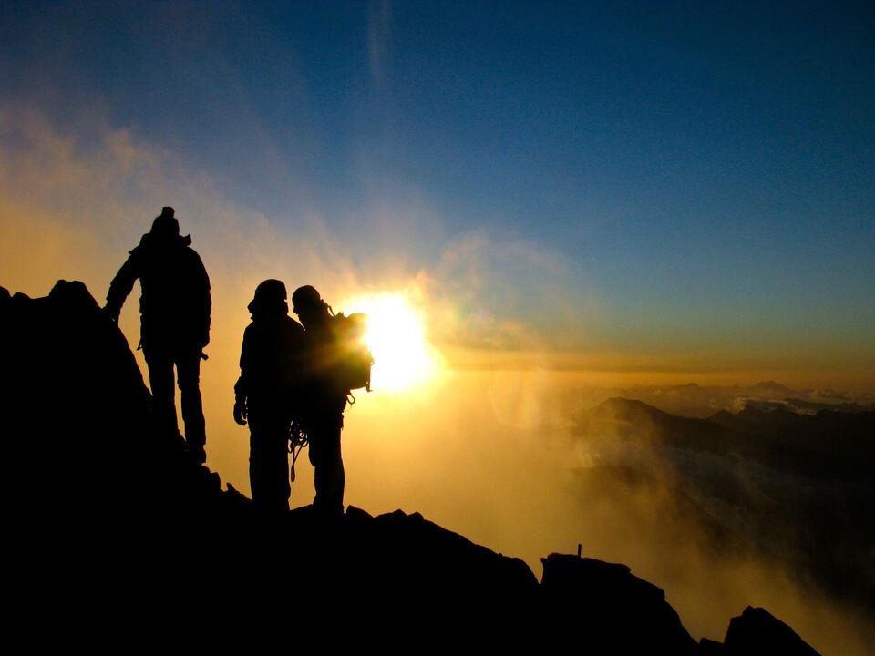 klettern bergunfall bergsteigen alpin sonnenaufgang urlaub