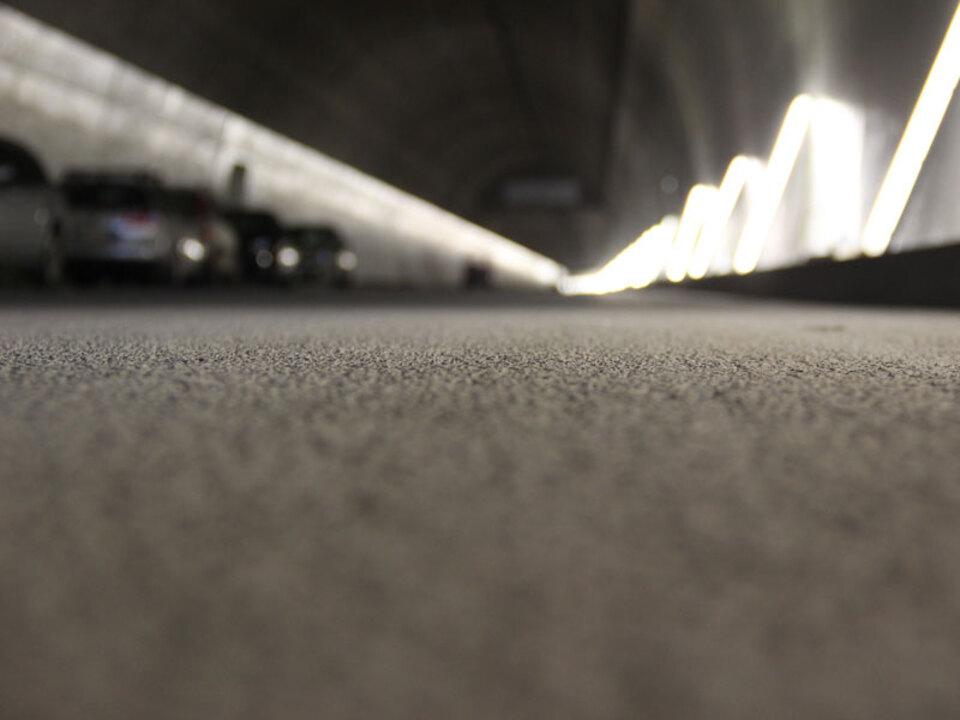 leifers_tunnel_stau_verkehr_asphalt_lpa-DiKom-mb_15