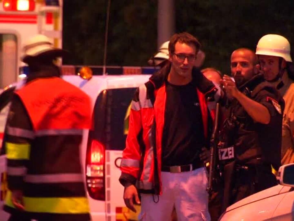 Polizei bestätigt Tote nach Schießerei in München und geht von bis zu drei Tätern aus