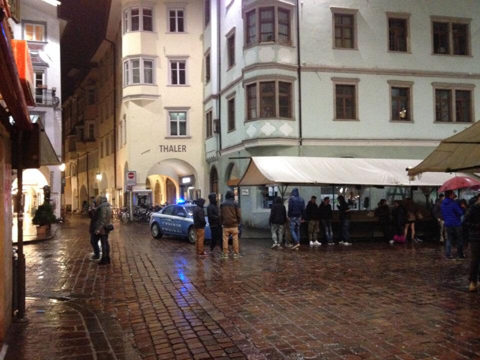 stnews-lu-obstplatz-nacht-polizei_10