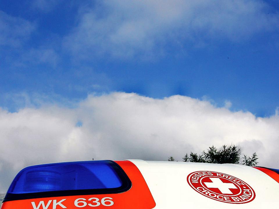 weißes-kreuz-sym-auto
