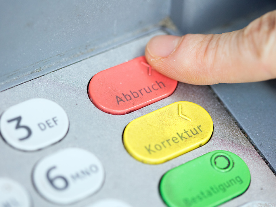 Weiter Diskussion um Bankomatgebühren