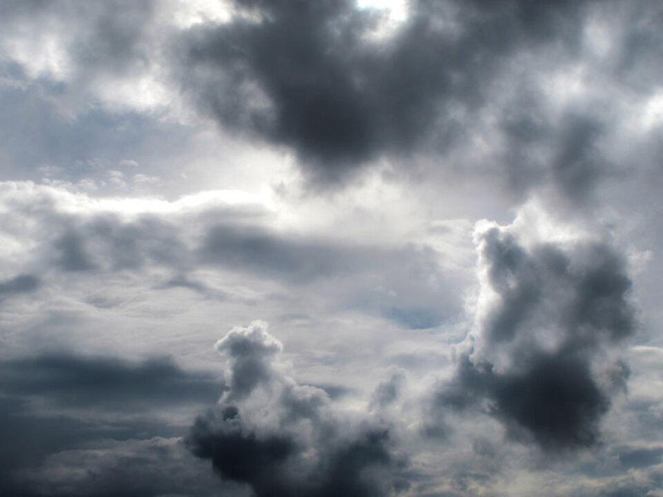 wolken-regen_Joujou_pixelio_16