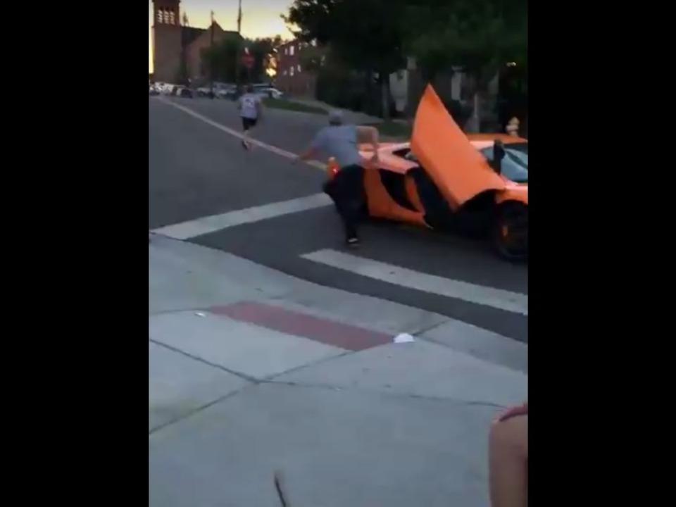 Youtube-Infamous Daily McLaren vs Skater I