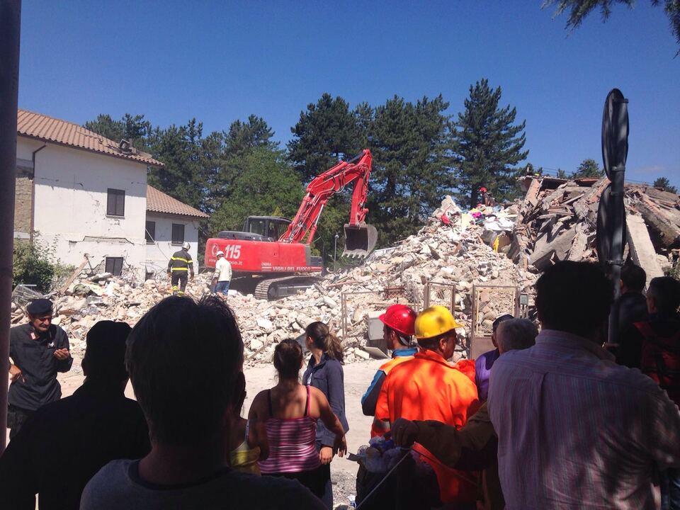Südtiroler Hilfskräfte Erdbeben
