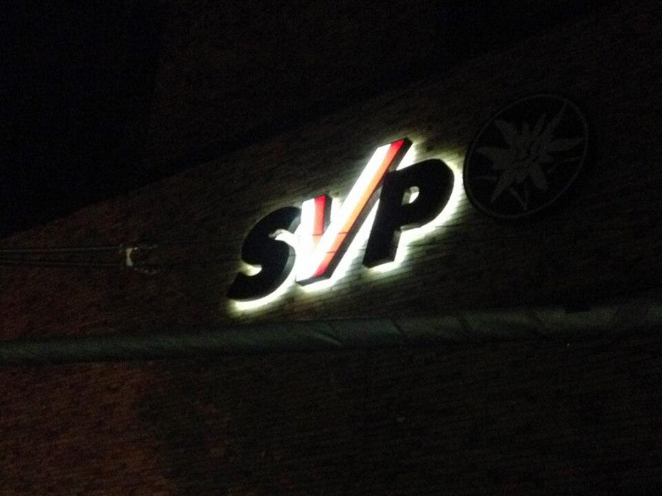 2_svp_symbol_nacht_stnewslu