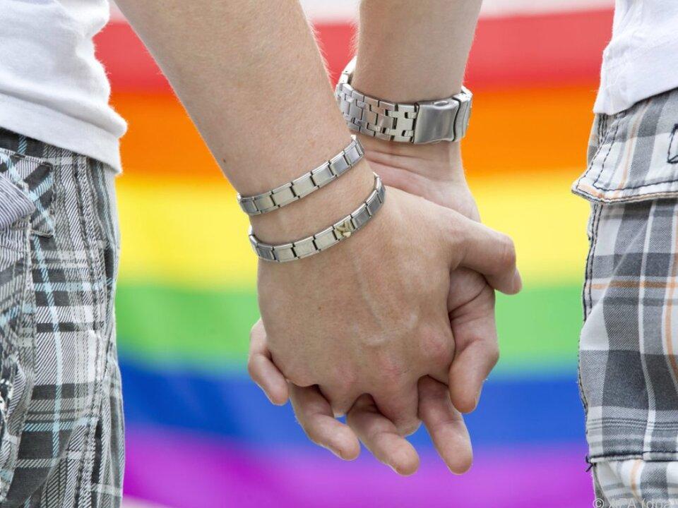 homosexuell schwul 32 Unterschiede zwischen Ehe und Eingetragener Partnerschaft