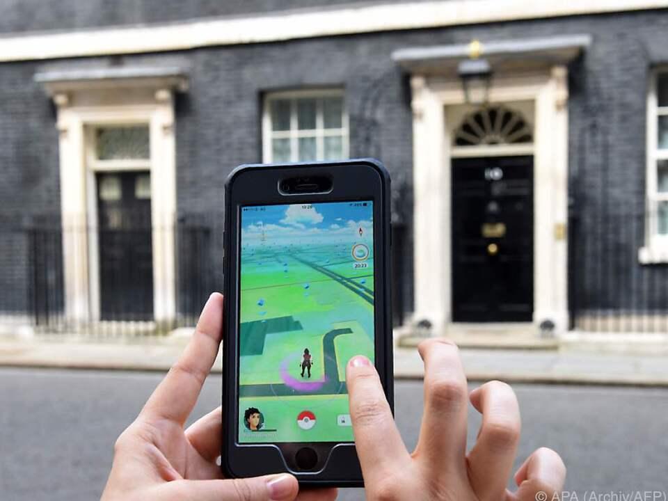 Bei Pokemon Go jagen die Spieler kleine Monster