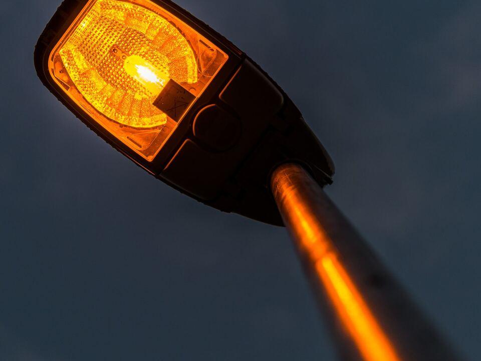 beleuchtung lampe licht straße laterne