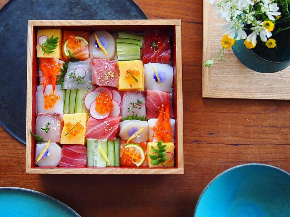 sushi mosaic