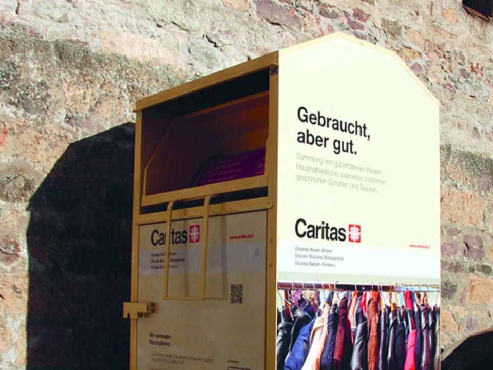 caritas_container_gebrauchtkleider_gro__776_den_01