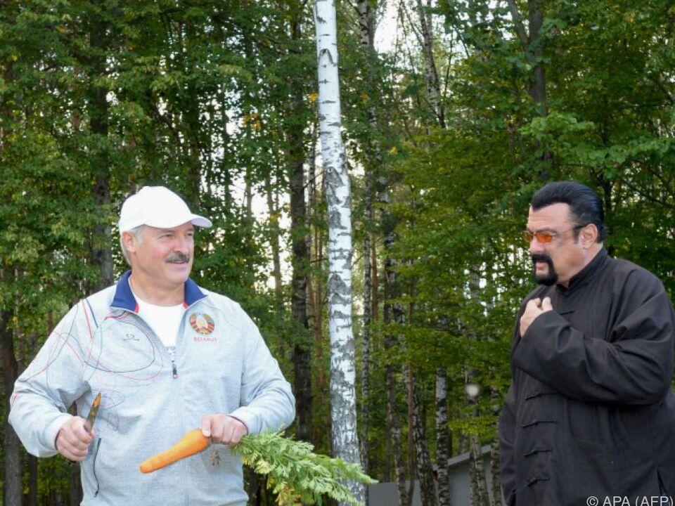 Der Actionheld besuchte Präsident Lukaschenko