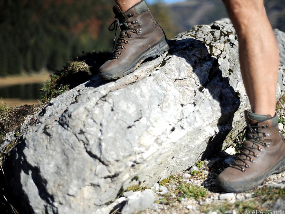 bergunfall wandern sym Der Salzburger rutschte aus und fiel in die Tiefe