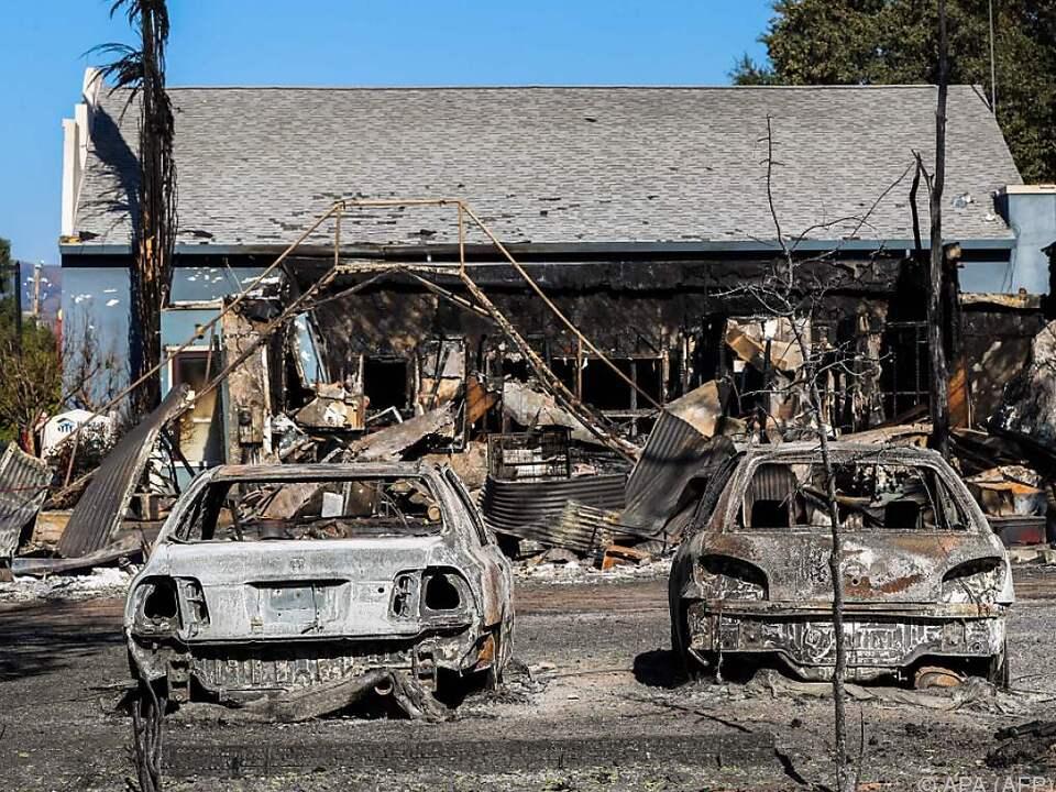 Die Brände zogen eine Schneise der Zerstörung