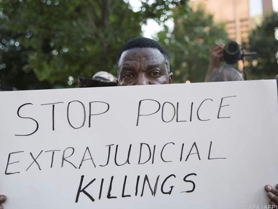 Die Polizei steht im Kreuzfeuer der Kritik