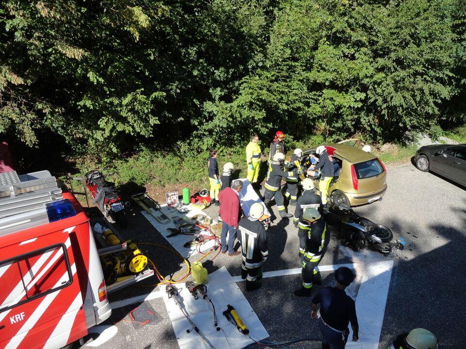 Verkehrsunfall Eggental FF Kardaun-Karneid
