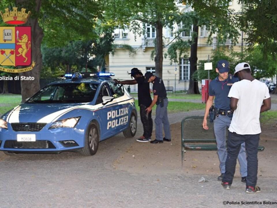 Polizei Kontrolle Park