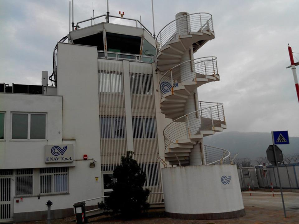 flughafen-terminal-stnews-ka_04