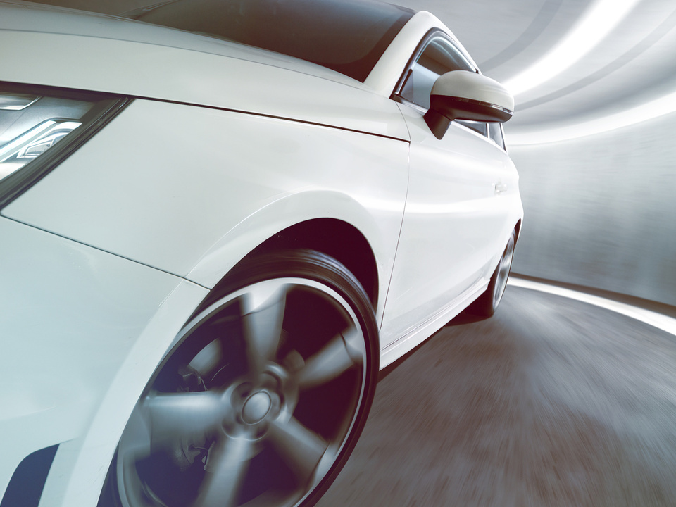 tunnel auto speed raser geschwindigkeit