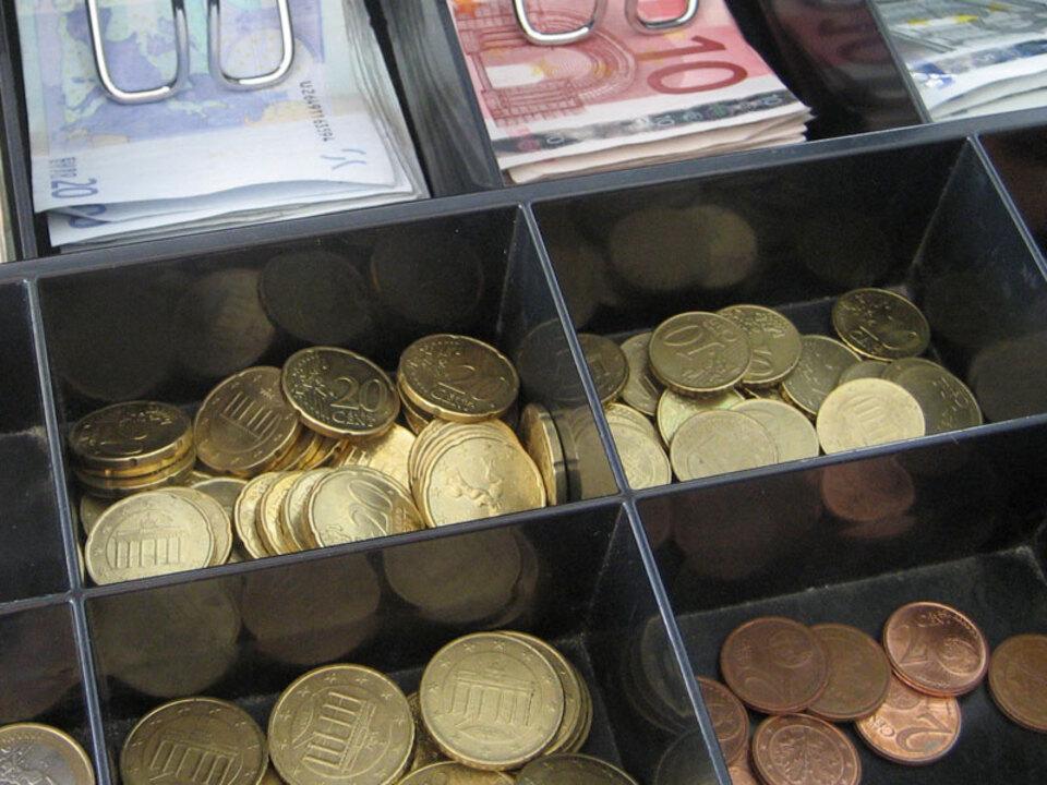 geld-kasse-Harald-Wanetschka-pi_03