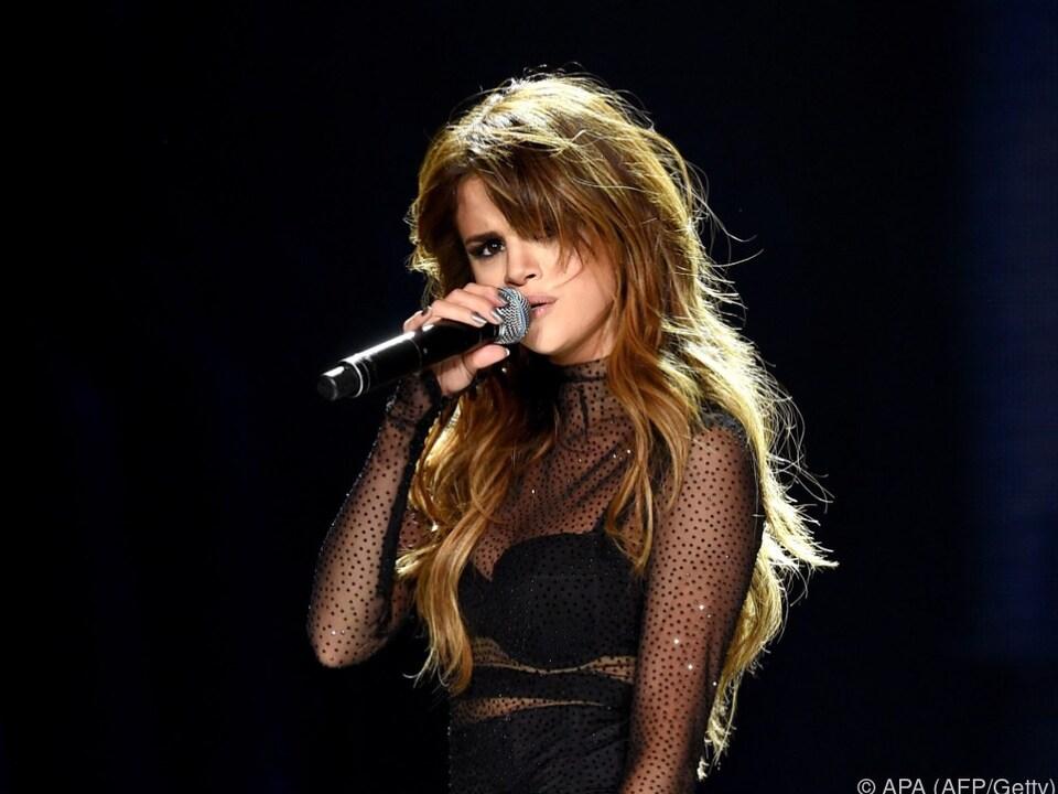 Gomez leidet unter ihren Panikattacken und Depressionen