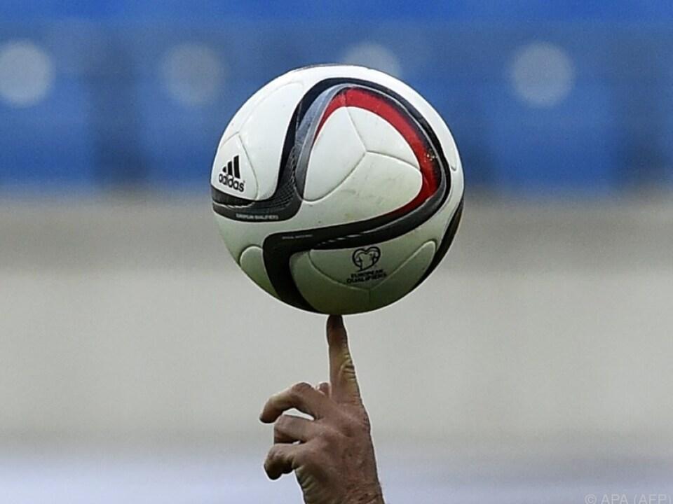 Fußball leer allgemein
