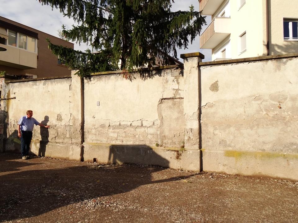 Mauer Durchgangslager