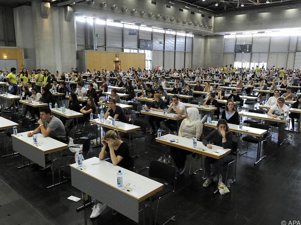 Medizin-Aufnahmetest: Bereits 60 Prozent der Studienbewerber weiblich