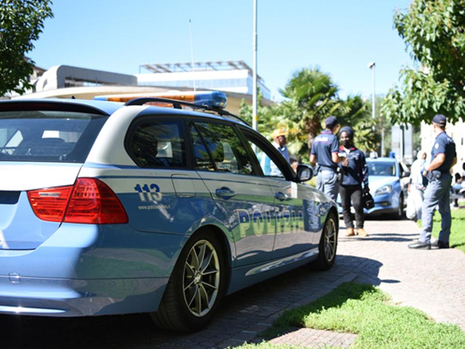 Kontrolle-Polizei-Park