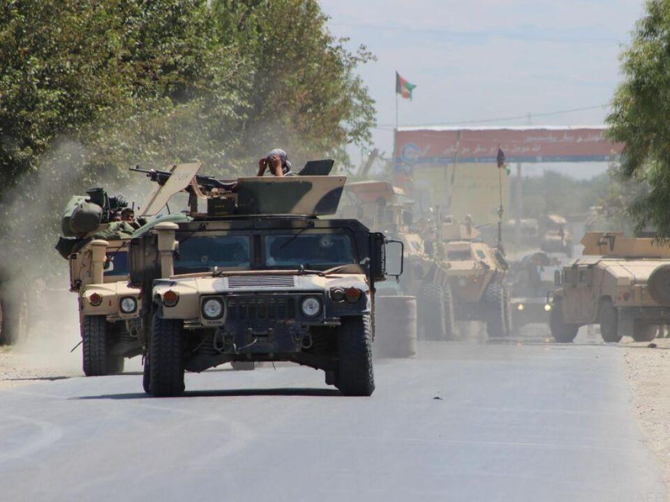 Soldaten haben den umkämpften Bezirk Khanabad zurückerobert