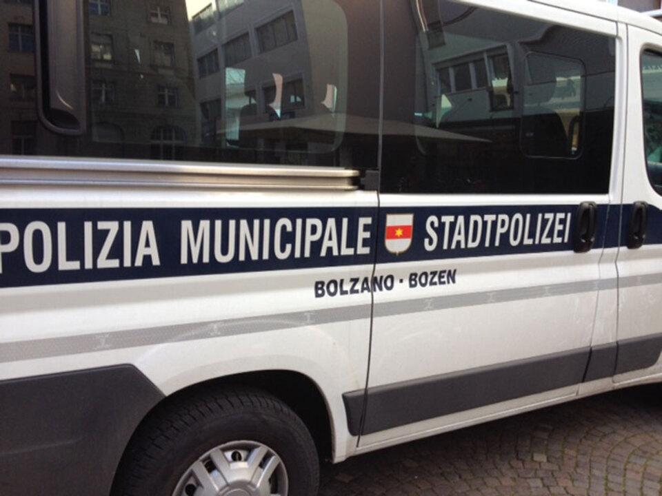 stnews-lu-stadtpolizei-bozen_04