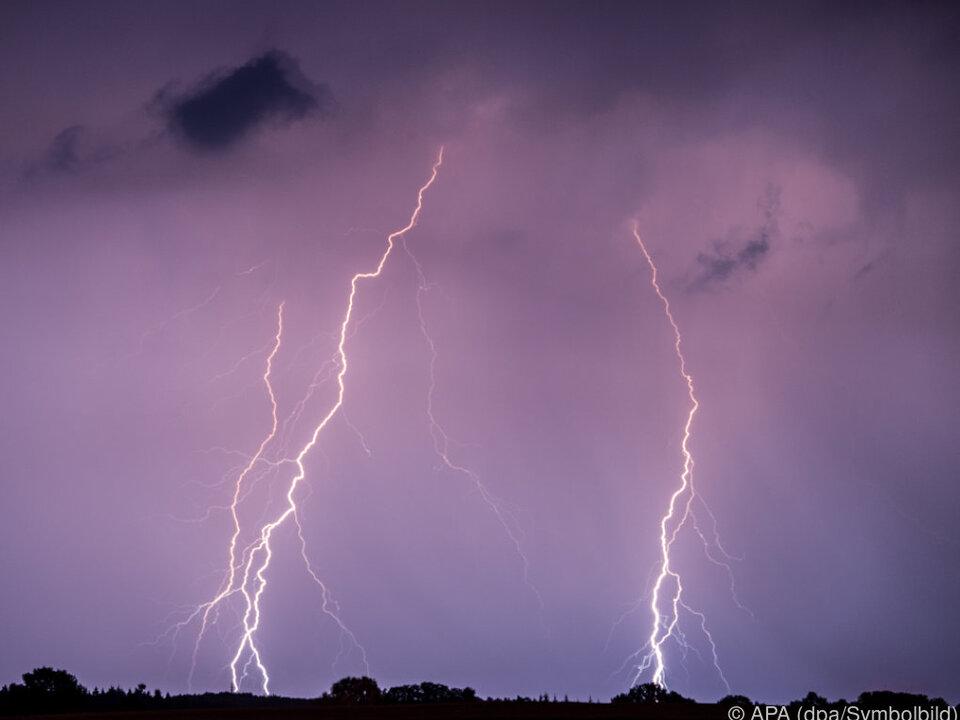 Tödliche Blitze in Norwegen unwetter blitz