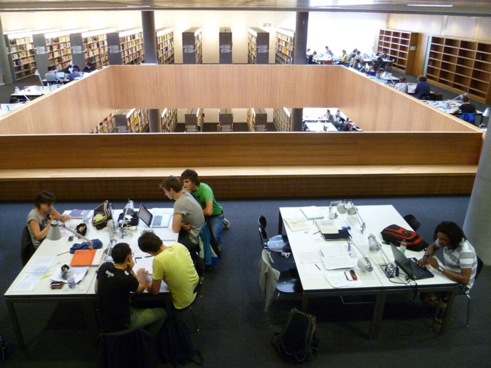 unibz-Bibliothek-3