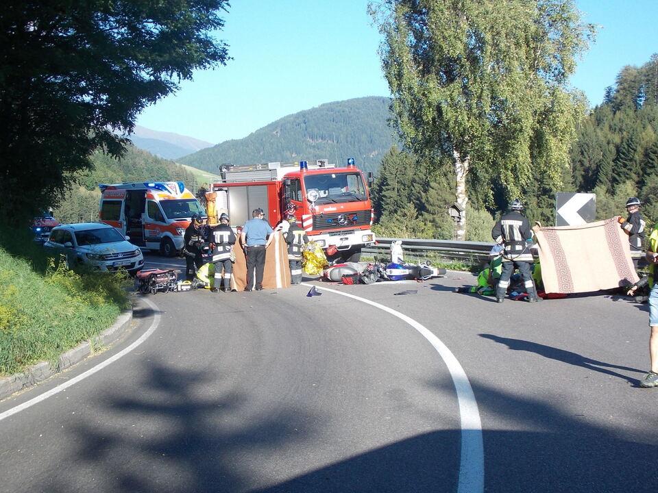 Verkehrsunfall_Motorrad_Seehof 006