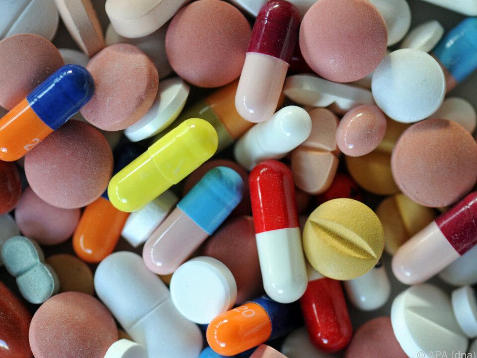 pillen tabletten medizin arzt Vertrag mit der Pharmawirtschaft sorgt für ein Plus