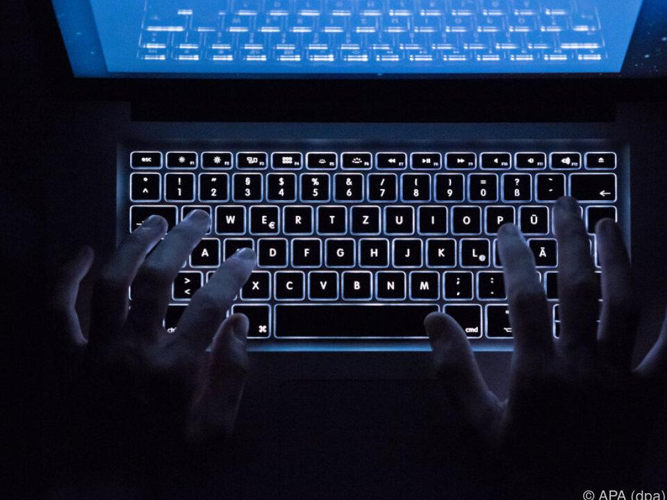 Bekennerschreiben zu versuchter Cyberattacke auf Flughafen Wien