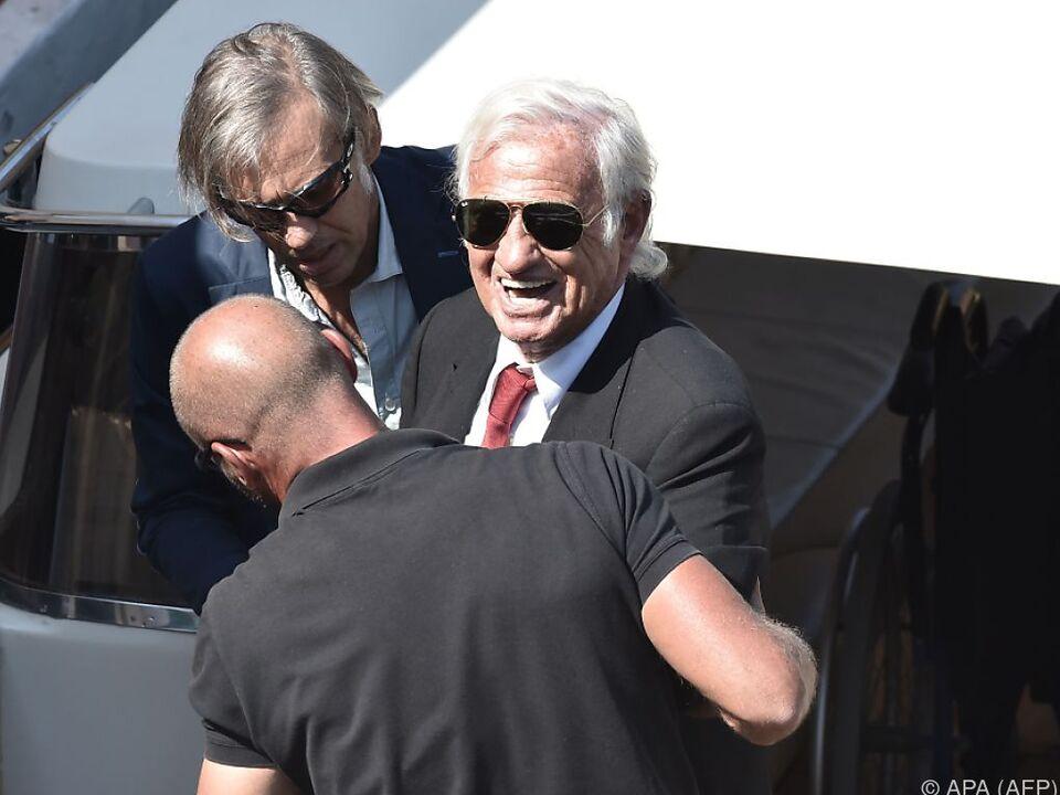 Belmondo traf braungebrannt und bestens gelaunt in Venedig ein