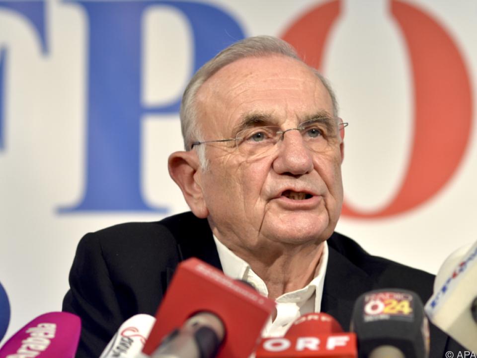 Böhmdorfer begründete den Rückzug mit dem Persönlichkeitsschutz