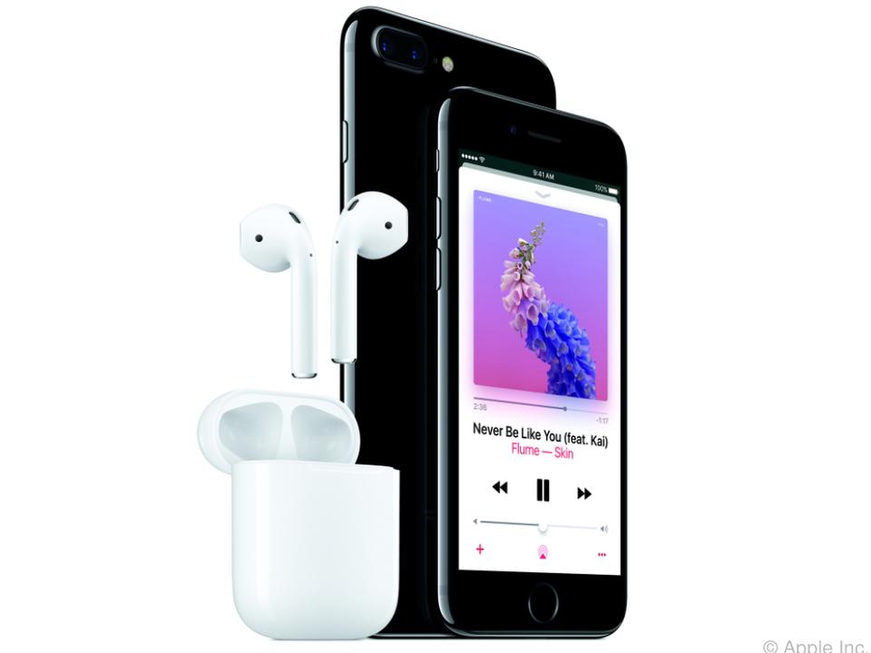 Die Kopfhörer können auch mit Siri kommunizieren