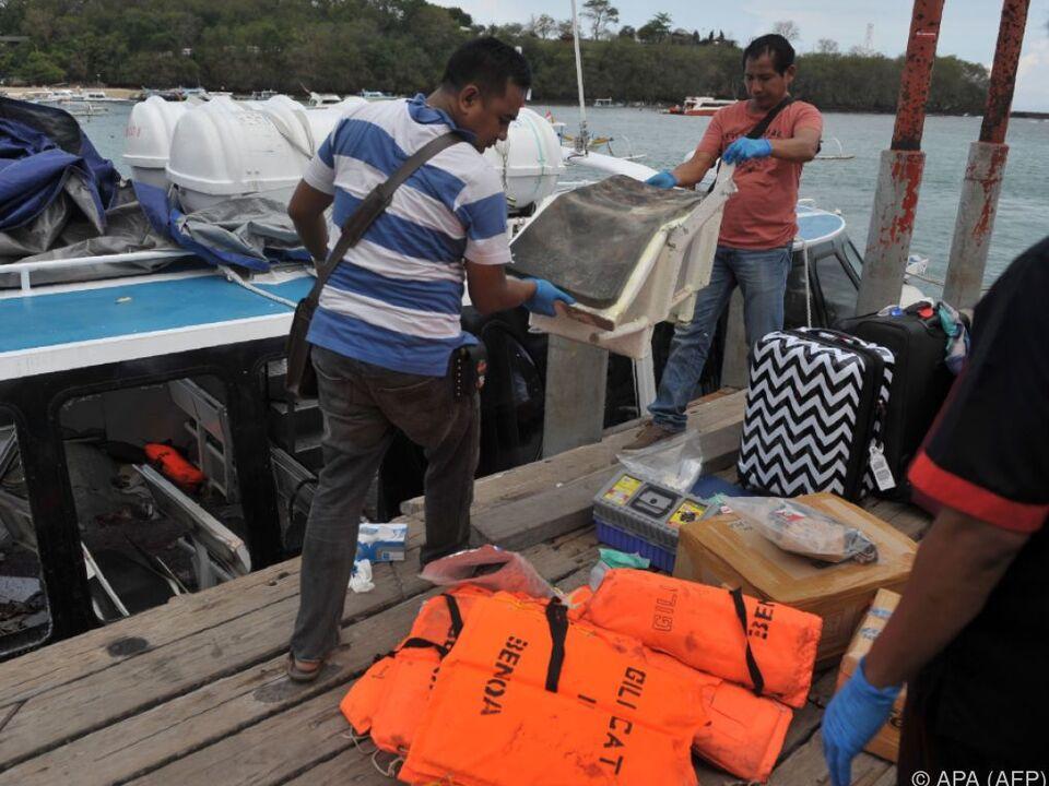 Eine Touristin bei Tank-Explosion auf Ausflugsschiff vor Bali getötet