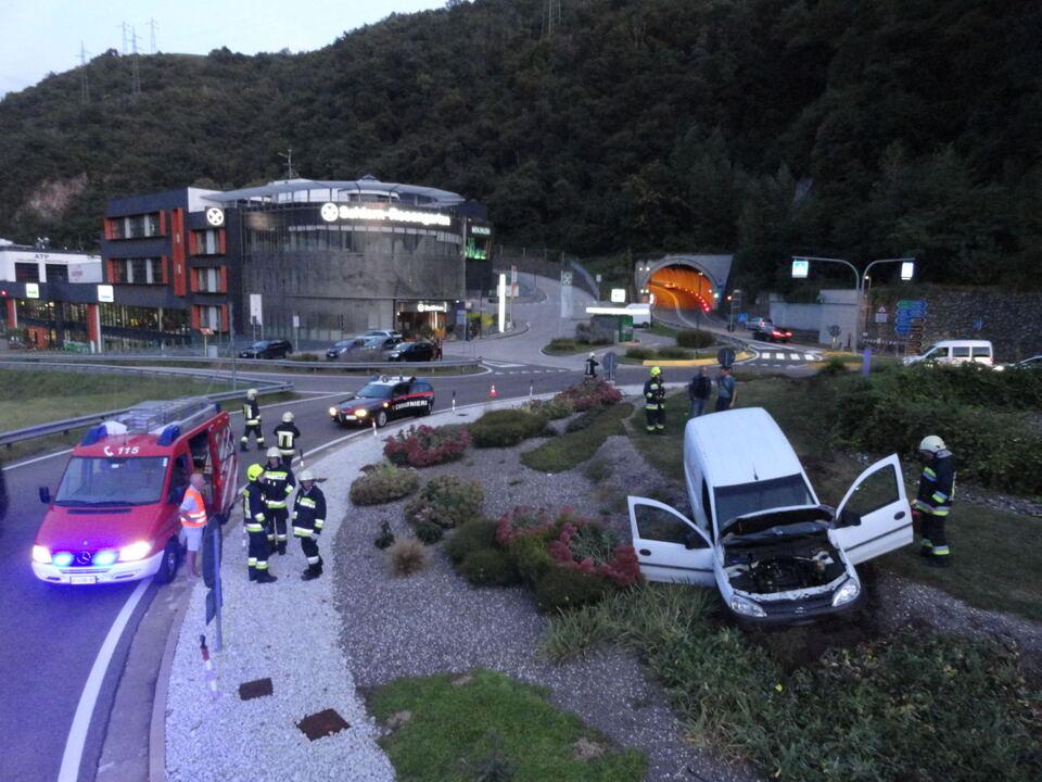 Unfall/Freiwillige Feuerwehr Kardaun-Karneid