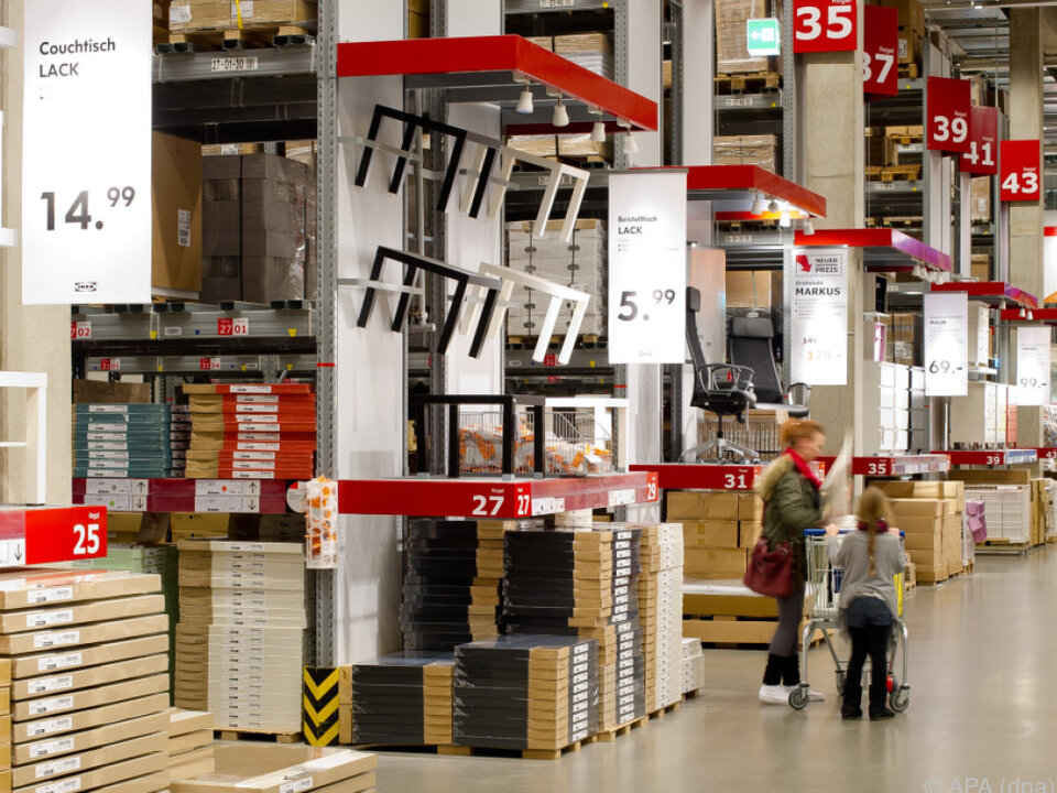 Ein bekannter Anblick: Möbelhalle bei IKEA